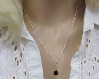 Sterling Silver Garnet Layering Necklace, Garnet Briolette Necklace, Garnet Gemstone, January Birthstone, Minimalist Jewelry, Delicate