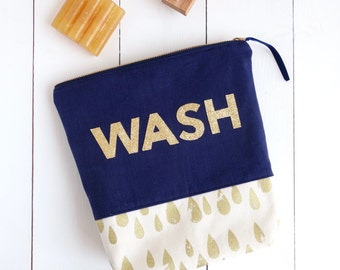 Glitter Wash Bag - Wash Bag - Toiletry Bag - Make Up Bag - Glitter Bag - Cosmetic Bag - Handmade Wash Bag - Glitter - Gift for Women