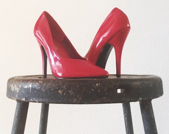 Red Pumps Pointy Toe V Vamp Women's Size 5 Size 6 Patent Leather Vegan Classic Pumps BDSM Rockabilly Pinup Exotic Burlesque Boudoir Pole