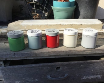 Best Chalk Paint Several colors are available 4 oz. container Annie Sloan Chalk Paint - Awesome paint!