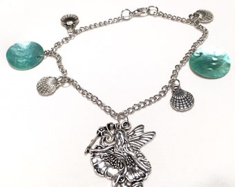 Fairy bracelet with seashells
