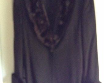 John Meyer of Norwich women's suit black with faux fur collar size 12 gorgeous