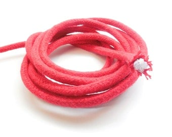 1 meter braided baker's cord, beafeatet red, 6 mm