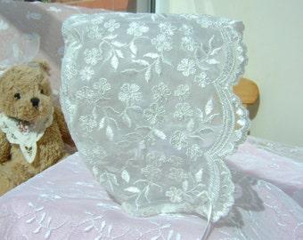 A Lovely Ivory Lace Baby Bonnet O-3 mths. 3-6mths. 6-12 mths.