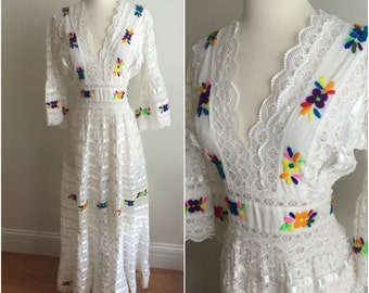 1970s Vintage White LACE + EMBROIDERED Mexican Wedding Maxi Dress Bell Sleeves M