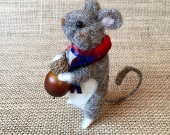 Felted mouse, needle felted animal, felted animals, felt decorations, felt mouse, needle felted mouse, felted mice, felted wool animals,