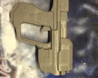 Halo Magnum handgun
