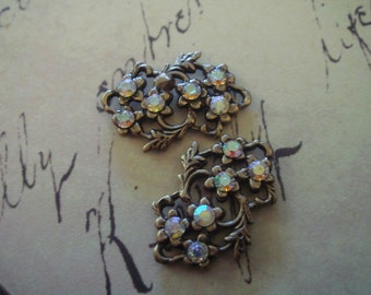 Antique brass floral connectors with Rhinstones 3