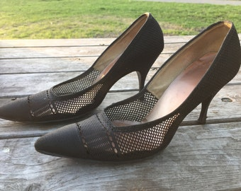 Vintage Soft-Steps by Citations Black Nylon Pumps