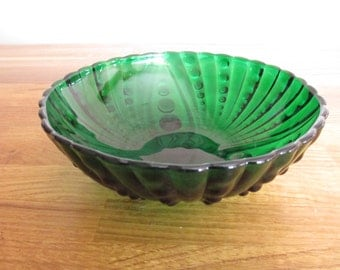 vintage glass bowl, green glass dish ref 4