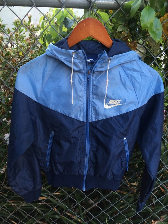 Ladies Vintage 80s Nike Blue Two Tone Windbreaker Jacket With