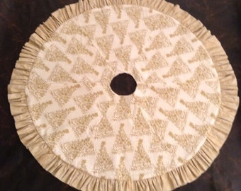 Peace and love tree skirt
