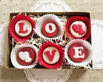 LOVE  Chocolate Covered Oreos Gift Box