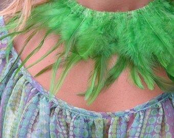 Feathers necklace ,Green feathers on neckband of cotton.