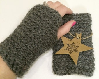 Chunky knit-look crochet fingerless gloves in dark grey colour