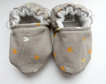 Baby Booties, Crib Shoes, Soft Sole Baby Shoes, Mini Hearts Baby Girl Booties
