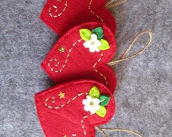 Ornament; Felt Ornament; Christmas ornament; Felt Heart ornament; Christmas decoration; Holiday decoration; Handmade ornament.