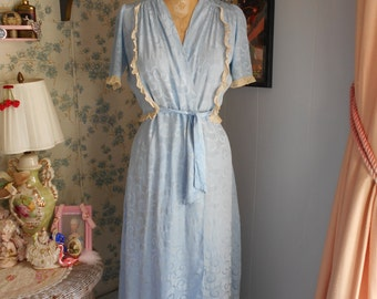 1940's Ice Blue Rayon Dressing Gown/Lingerie