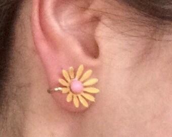 Vintage Daisy Earrings- Enamel Clip On Flower Earrings