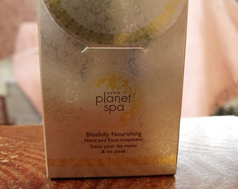 Avon Planet Spa Hand and Foot Treatment