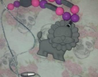 lion teething necklace nursing necklace