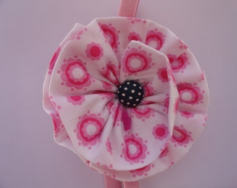 Pink and White Fabric Flower Elastic Headband