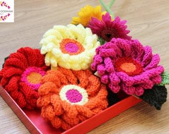 Flower Brooch, Knitted Brooch, Handmade Flower, Hand-Knitted Gerbera Daisy Brooch, Gerbera, Daisy, Brooch