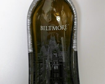 Biltmore Curved Century Red Wine Bottle Serving Tray