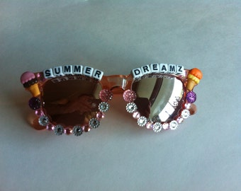 Pink Bedazzled Sun Glasses