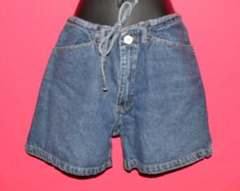 Vintage denim shorts/ denim shorts size 4
