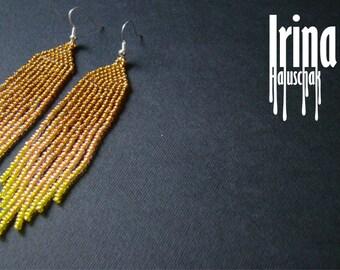 Beaded earrings, seed bead earrings, modern earrings, boho earrings, fringe earrings, beadwork jewelry gradation from gold to yellow Chevron