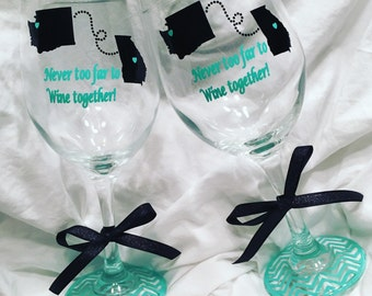 Never too Far to Wine together \\ Wine Glass set \\ Distance Wine Glasses