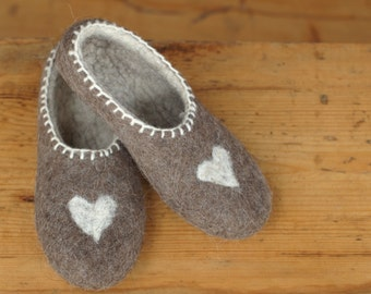 Natural felted wool slippers. Home shoes. Eco home shoes