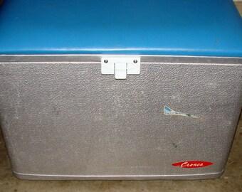 Retro Cooler Cronco Aluminum Padded Seat Cooler Retro Camping or Picnic Chest NICE