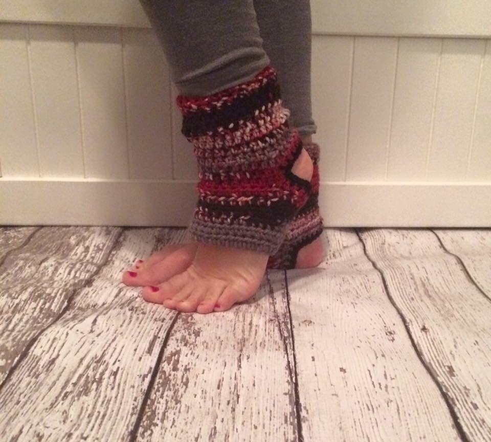 Crochet Pattern Yoga Pants : Crochet Yoga Socks Girl Woman Ballet Dance Tumbling