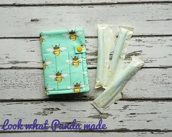 Tampon wallet, sanitary wallet, sanitary pouch, privacy pouch, tampon holder, discreet pouch