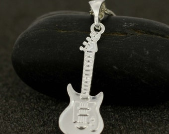 Sterling Silver Electric Guitar Necklace, Silver Guitar Necklace, Silver Musical Instrument Necklace, Silver Rock Star Necklace , Guitarra