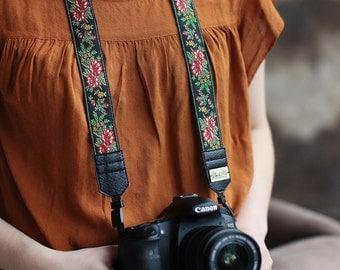 Hand-made camera strap Flowers jacquard