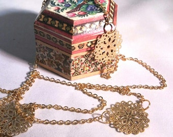 Long golden chain necklace for multiple use
