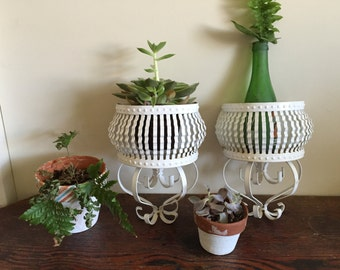 Two plant holders wall mount with 2 clay pots