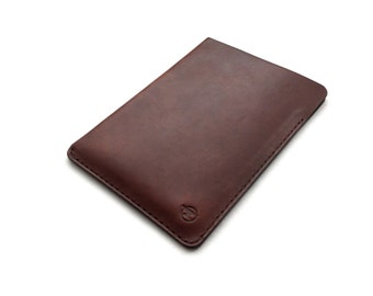 Leather iPad Mini Case, Leather iPad Mini Sleeve, Slim, Minimalist, Simple, Modern, Handmade, Chestnut Brown.