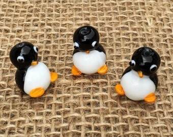 1 |  Chubby Baby Penguin Lampwork Glass Bead | Penguin Necklace | Penguin Jewelry | 15x20mm