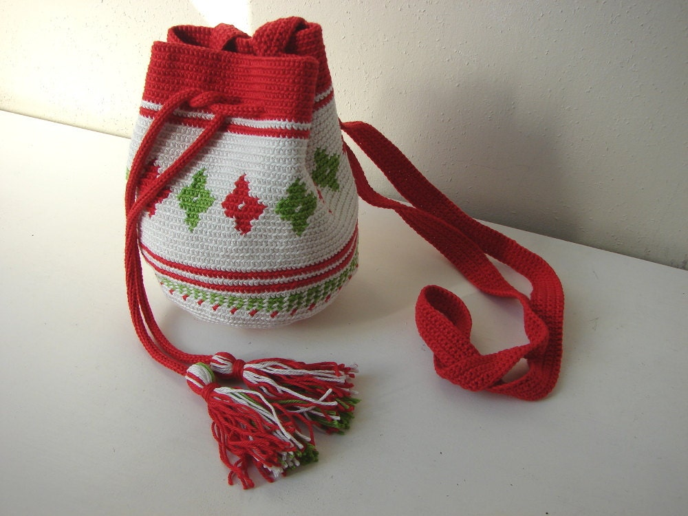 Tapestry Crochet Drawstring Bag Pattern : Crochet pattern Mochila bag, Tapestry crochet pattern ...