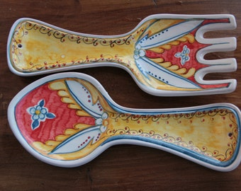 spoon rests in Italian majolica, Italian ceramics.
