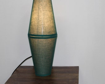 Audre T table lamp