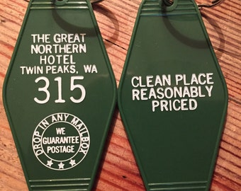 """On sale! TWIN PEAKS Inspired """"Great Nothern Hotel"""" keychain, key fob"""