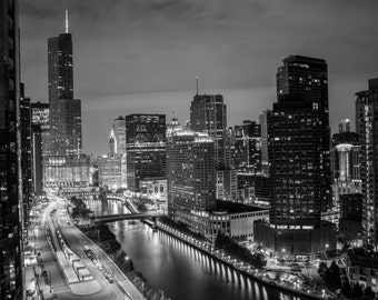 Chicago Skyline - **HIGH-QUALITY** shot by Award Winning Photographer Andrew Gacom