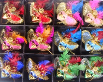 USD35.80 for 12pcs/lot, unique venice mask brooch corsage #BR16002