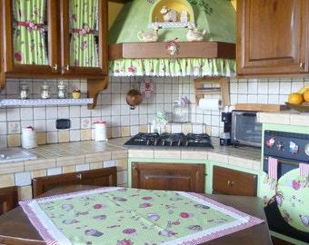 Country kitchen set, cupcake kitchen coordinate, table centerpiece, kitchen curtains, kitchen hood skirt, kitchen hood ruffle, oven cover