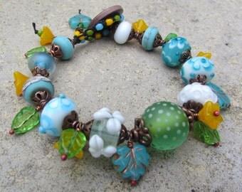 Chunky Boho Moogin Bead Bracelet, OOAK Beaded Bracelet, Charm Bracelet, Blue Flower Bracelet, Handmade Lampwork Bracelet, Unique Jewellery